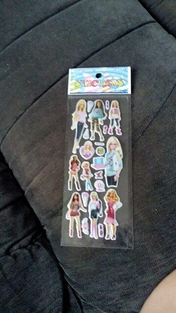отличная куколка, в подарок наклейки. все шарниры работают