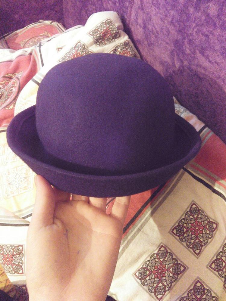 Всё соответствует описанию) хорошая шляпа) чутка мятая, но ладно) заказывала на подарок) пришла быстро, заказ сделан 21 октября, пришла посылка 17 ноября