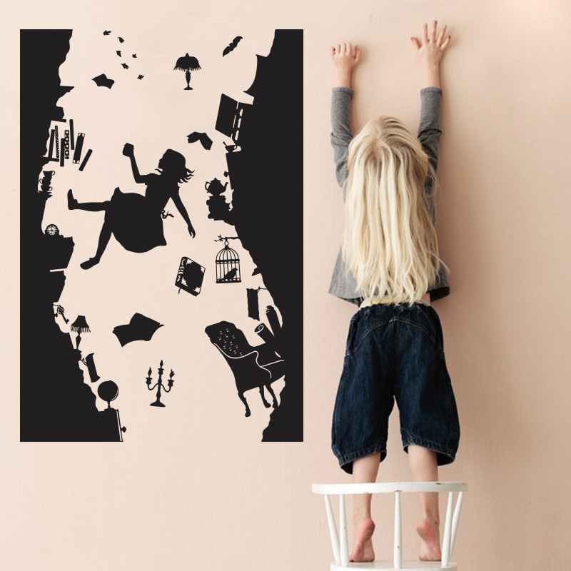 Alice in Wonderland WALL STICKER Kunst Vinyl Boligindretning Faller ned Kaninhullet Vægoverføringsbillede DIY Removable Cartoon Kids Room