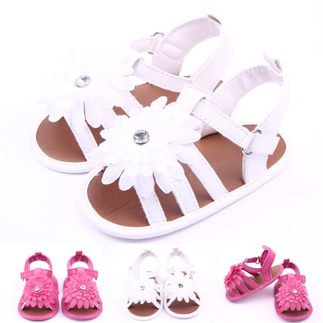 2016 Summer Baby Girl Sandals Shoes Lovely Baby Kids White Rhinestone Flower  Wedges Soft Sole Leather Princess Shoes 0-18 Months 00d43752ccdc