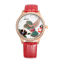 WEIQIN New Rose de Oro Relojes de Las Mujeres Reloj de Cuarzo de Lujo Del Rhinestone Colibrí Señoras Reloj Correa de Cuero Del Vestido de Pulsera