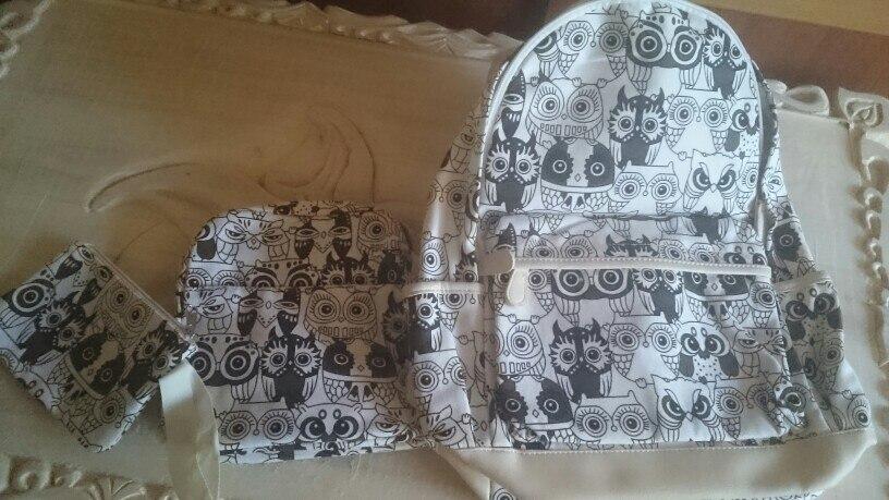 посылка шла месяц до Татарстана. сами рюкзаки соответствуют описанию, пошиты аккуратно, много карманов, дочке понравились. рекомендую.