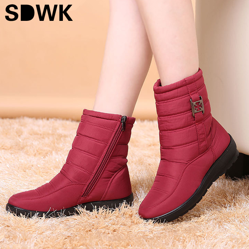Snow Boots 2016 Brand Women Winter Boots Mother Shoes Antiskid Waterproof Flexible Women Fashion Casual Boots Plus Size(China (Mainland))
