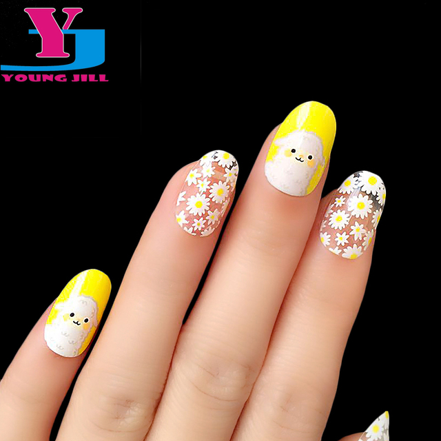 New Arrive Cute Flower Design Fake Nail Tips High Quality Yellow UV Gel Artificial Nails Oval