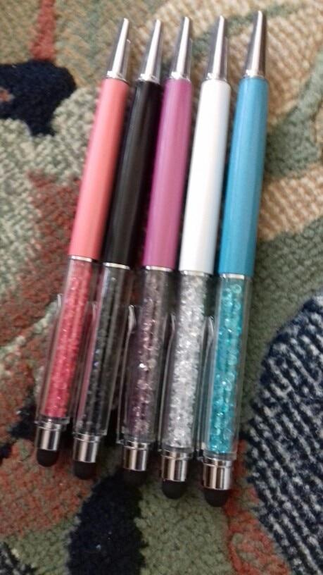 ручки отличные. 5 штук разных цветов. очень красивые. каждая ручка упакована в отдельный пакетик. пишут отлично, черным цветом. стилус на телефон работает отлично. товаром довольна  рекомендкю