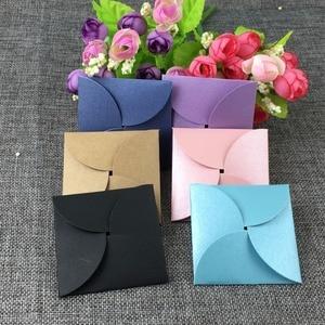 Image 4 - Conjunto de 100 joyas recién llegadas, caja de pendientes multicolor, paquete y cartulina para pendientes, embalaje de pendientes hecho a mano, acepta moq, logotipo personalizado: 1000