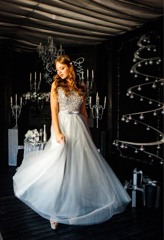 Очень красивое платье !!продавец как всегда сделал все по моим  меркам