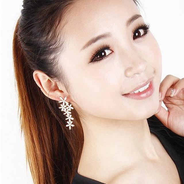 Long Snowflake Flower Luxury Rhinestone Earrings
