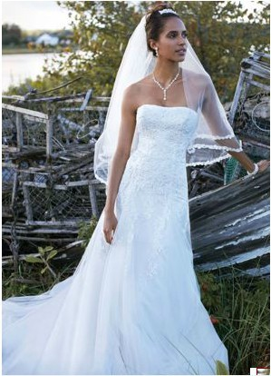 Free Shipping Strapless Tulle Wedding Gown with Beaded Appliques ...