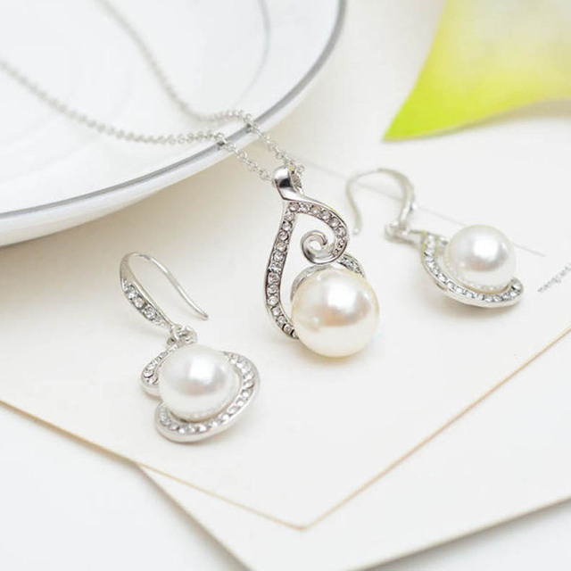Elegant Silver Plated Rhinestone Wedding Jewelry Set