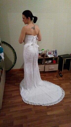 всё отлично! сшито очень качественно. прекрасное платье, быстрая доставка. советую.