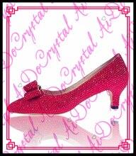 Aidocrystal Handmade Fashion Rot Farbe Kristall Frauen Pumpt Reizvolle Braut Partei Dünne Ferse Spitz Niedrigen Ferse Schuhe