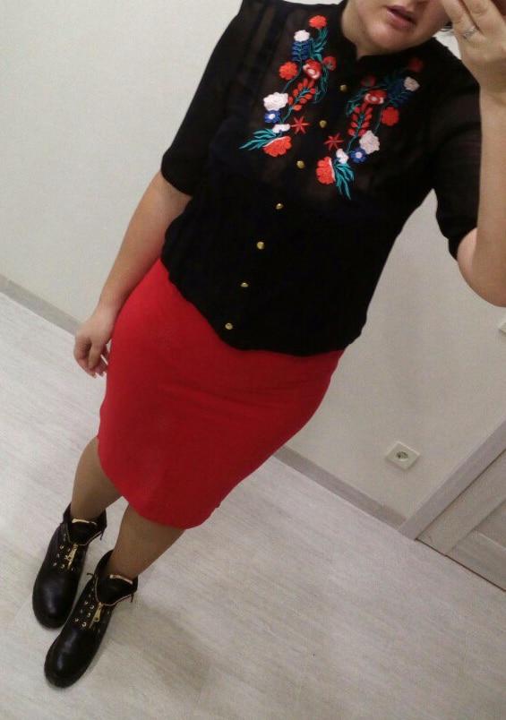 ТУНИКА С ВЫШИВКОЙ Возможно, для кого-то это будет полноценное платье, а для моих 183 см роста эту вещь можно назвать только туникой