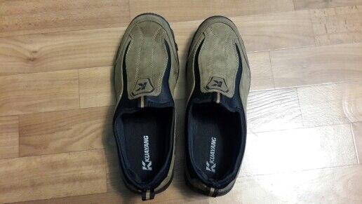 Отличная качественная и легкая обувь. Все соответствует описанию. Посылка пришла за 20 дней. Упаковано надежно, форма ботинок не помялась, запаха нет. По размеру. Советую. Продавцу большое спасибо.