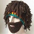 Caballero Casco de invierno de punto gorros sombrero de lana Hecho A Mano de Halloween con peluca wacky barba barbudo Rasta ski snowboard mascarilla