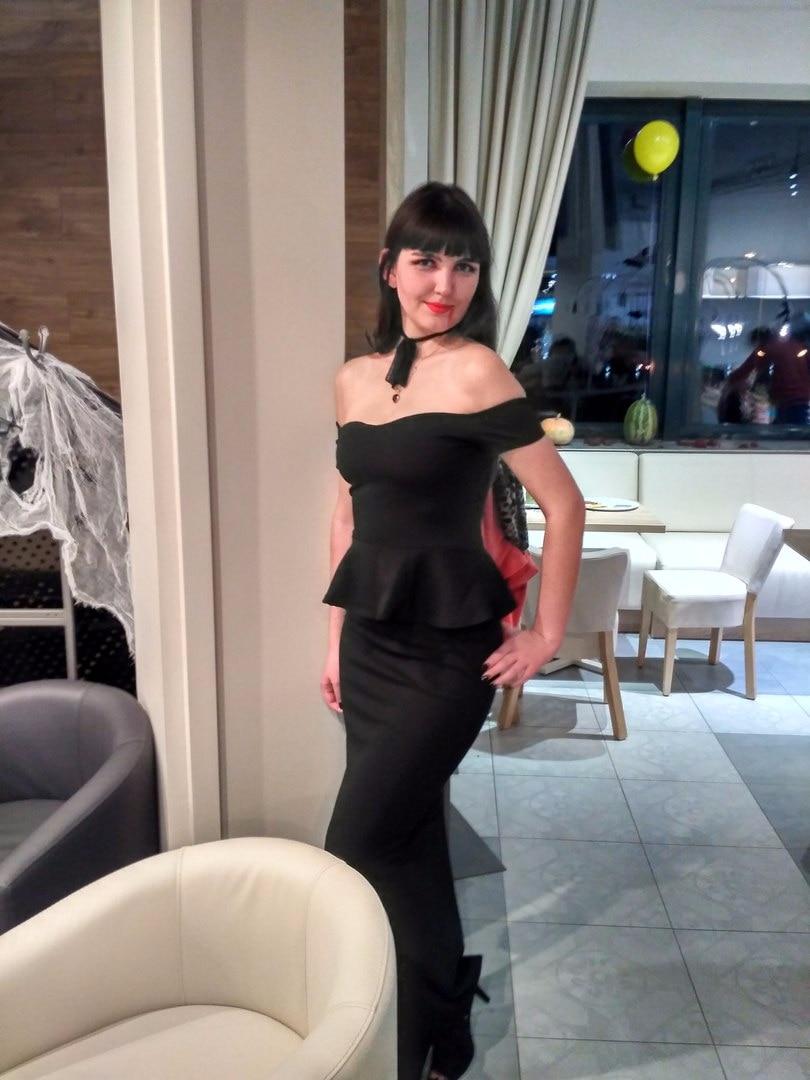 Вечернее платье для высокой девушки