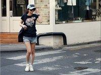 лето футболки короткий рукав топы женщины т рубашка корейский свободного покроя черный печать хлопок