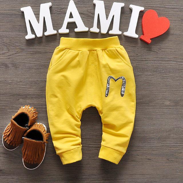 2017 Nueva Primavera bebé pantalones 4 de algodón de color pantalones de los cabritos del bebé gilrs pantalones