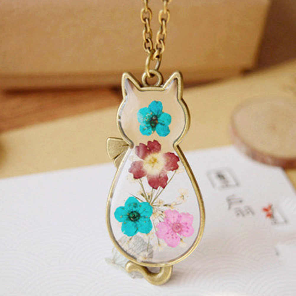 Vintage Handmade Retro Bronze Cat Shape Natural Dried Flowers Necklaces & Pendants Diy For Women Jewelry