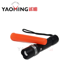Cree XM-L Q5 Rechargeable Led Flashlight Traffic wand linternas torch light Tactical Lamp Flashlights for police wand with baton