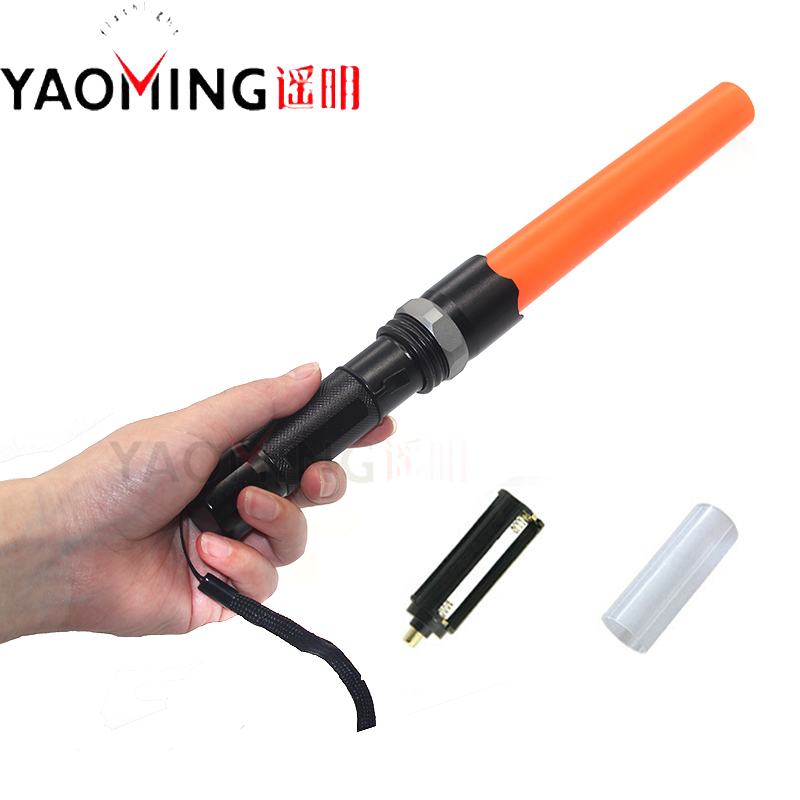 Police high power Torch Lanterna CREE Q5 Zoomable Directing traffic wand Tactical Flashlight by 18650 or 3*AAA Camping ligting