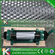 High Quality Manual Bee Wax Foundation Sheet Mills Machine size 86*195mm with big capacity 1000pcs per hour