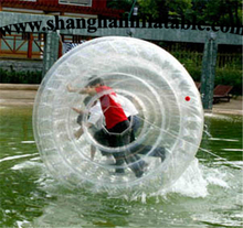 2016 high quality water play equipment inflatable water roller ball from shanghai factory for sale