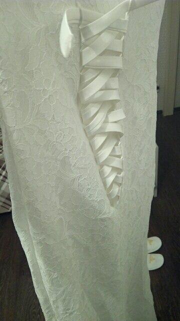 Отличное платье. Невесты, берите не раздумывая. такое в салонах будет стоить 30 тр. доставили быстро службой спср.