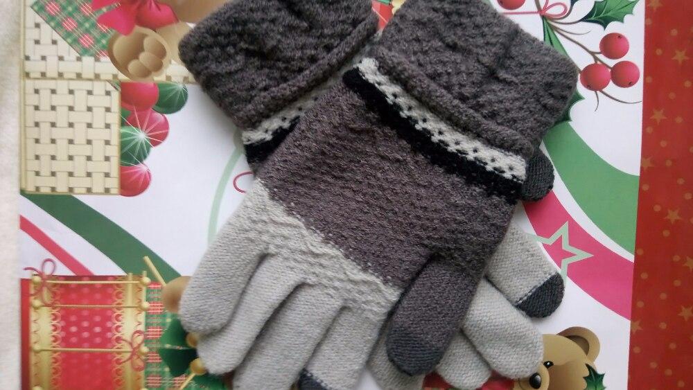 Приобрела перчатки в магазине Star Princess Hair Accessories, доставка три недели