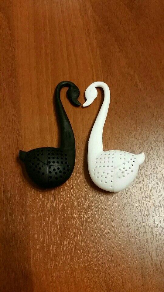 Water /& Wood New Swan Shape Tea Colander Strainer Infuser Filter Sifter Teaspoon