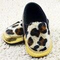 Meninos Meninas Rebanho Leopardo Crianças Sapatos Casuais Sapatos de Bebê Da Menina do Menino criança Infantil Slip-on Macio Sole Berço Sapatos de Bebê Mocassins 0-18 meses