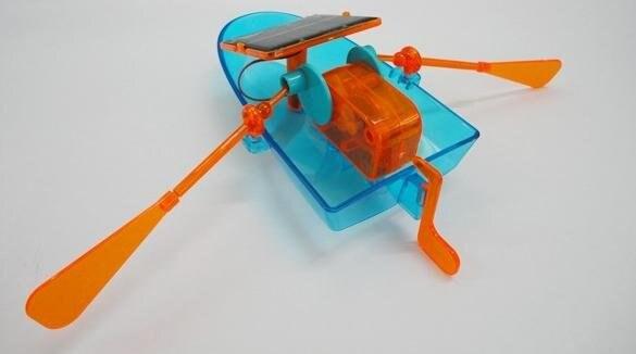 solar boat 2.jpg