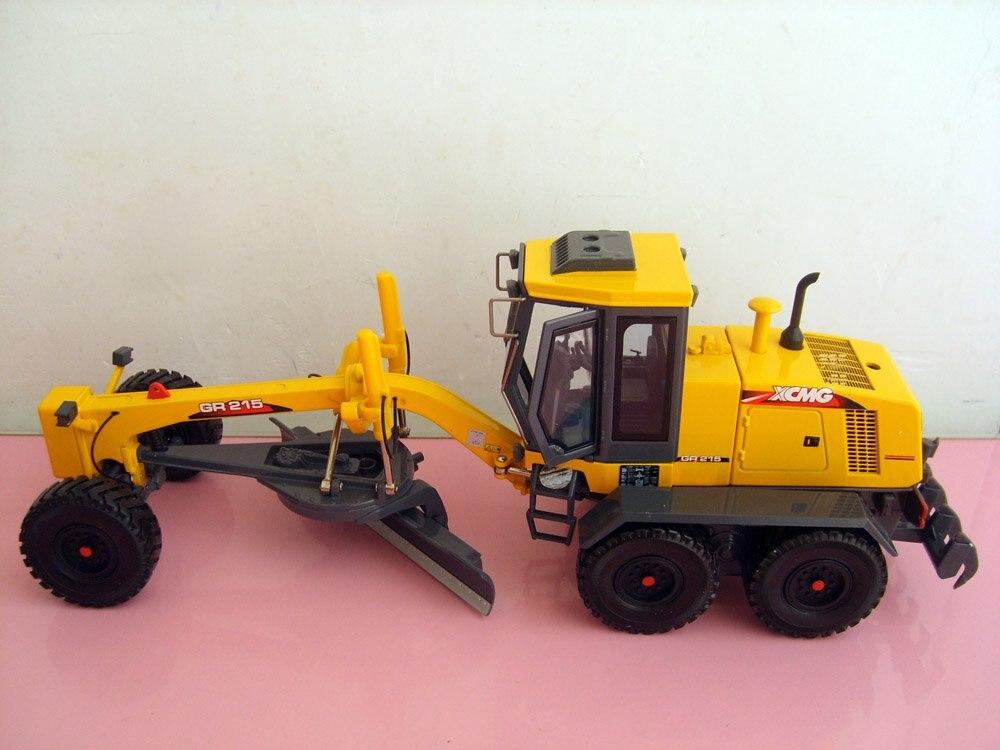 1:35 XCMG GR215 Грандер игрушка