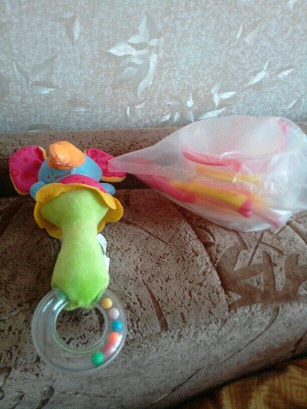 До  Красноярска игрушки дошли за месяц. Просила продавца выслать мне льва, выслал мне слоненка, слонёнок у нас уже был.... Большой минус, что нельзя выбрать понравившуюся нужную  игрушку. Продавца рекомендую.