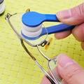 Venda quente Mini Portátil Óculos Óculos Cleaner Cor Aleatória Casa Necessidades De Viagem
