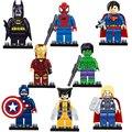 8 unids/lote Avengers Super Heroes Bloques de Construcción Con Arma Bebé Mini Ladrillos Figuras Compatible Con legoeINGlys Juguetes de Los Niños