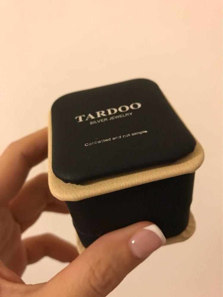Отлично! Выглядит очень стильно и необычно, стоит проба, пришло быстро, хорошая коробочка! Рекомендую! Excellent! Looks gorgeous, it has hallmark and the box is very nice. I recommend!