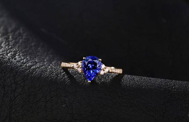 14K 585 Yellow Gold 0.89CT Natural Tanzanite 0.19CT Natural Round Cut Diamond Engagement Ring