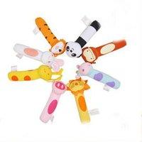 бесплатная доставка, симпатичные животные маленькие Биби палки, погремушки палка куклы детские развивающие игрушки, 8 вид модели может