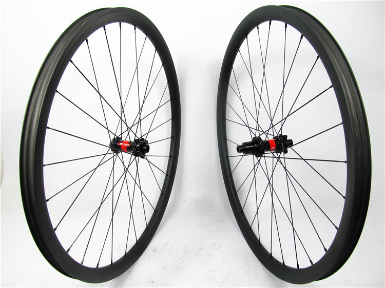 DT 240s mtb hubs IS version for Sram XX1 free set , 29er carbon mountain bike wheel for XC , AM use 28/28H, 18 months warranty mountain bike four perlin disc hubs 32 holes high quality lightweight flexible rotation bicycle hubs bzh002