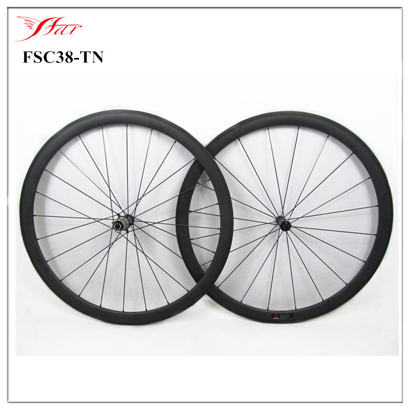 Super light weight Full carbon fiber carbon cycling wheels for road and racing 38mm tubular with Yu hub and Sapim aero spokes