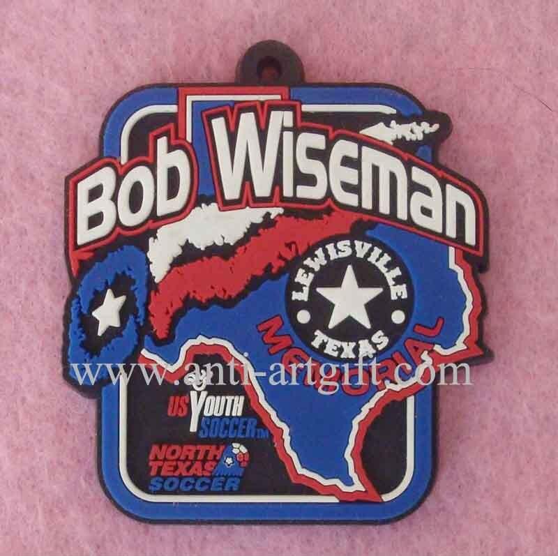 По индивидуальному заказу, из мягкой эмали футбольный мяч из ПВХ знак Боб Уайзман