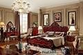 Estilo italiano de lujo rojo talla de madera maciza conjunto de muebles de dormitorio con king size cama de tejido, dresser, silla y zapatos cabinet-6019