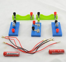 Elementary school science electrical experiments simple circuit conductor small lamp holder Flashlamp series parallel circuits