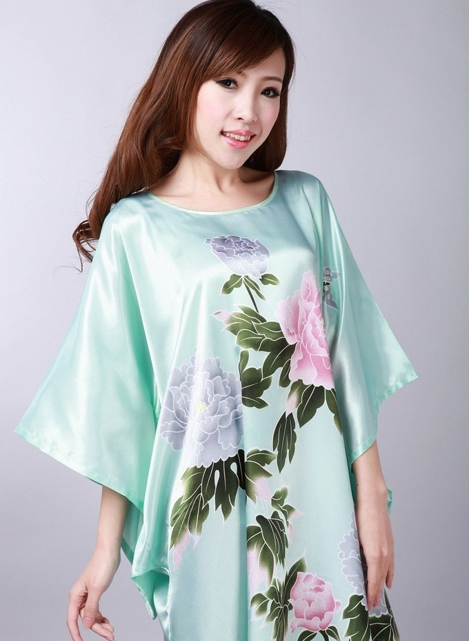Free Shipping Green Chinese Women s Silk Rayon Nightgown Robe Gown ... 519f6f70e
