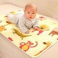 90*60 cm Dos Desenhos Animados Do Bebê Reutilizável Matelassê Infantil Capa Folha de Cama Fralda Arroto Do bebê Colchão Impermeável Urina Fraldas Mudando Almofadas