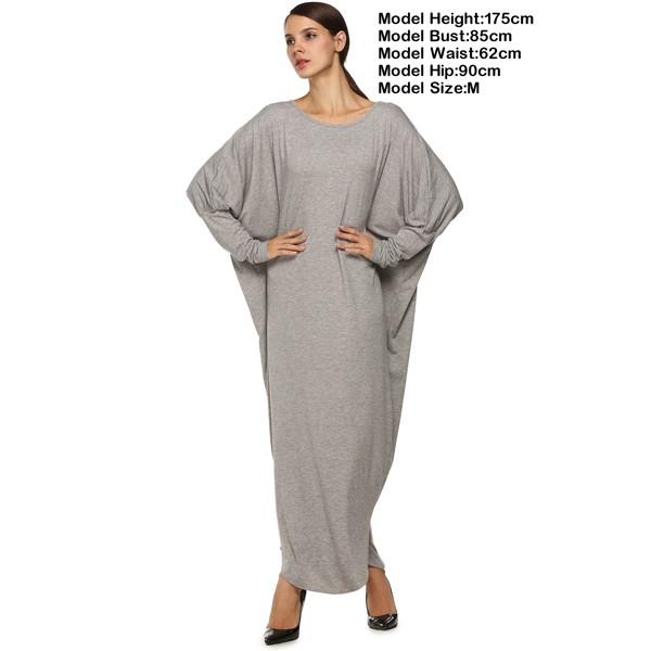 Широкое платье с длинным рукавом в форме крыла летучей мыши серое