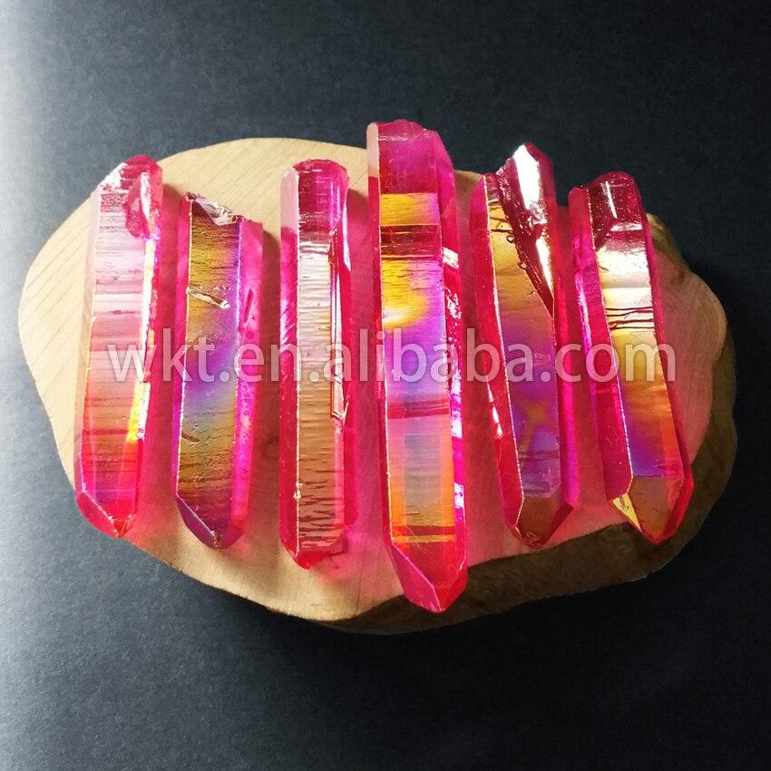 WT G064 Hot Roze Titanium Aura Crystal Quartz Punt Mooie raw titanium crystal quartz punt voor sieraden maken-in Hangers van Sieraden & accessoires op  Groep 1