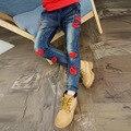 Красные губы вышитые джинсы Модные девушки Брюки Дети Брюки Детские Дети Джинсы