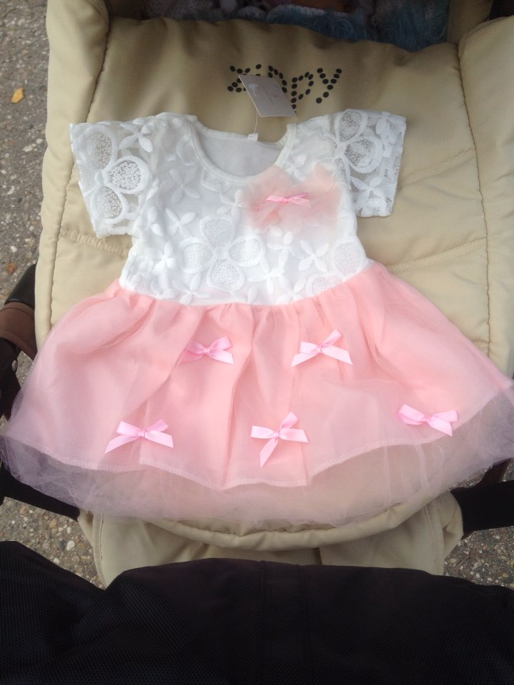 Обалденное платье) все ровное,ткань приятная, пришло за 19 дней до тверской обл